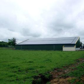 panneau photovoltaique installation hangar de stockage en mayenne