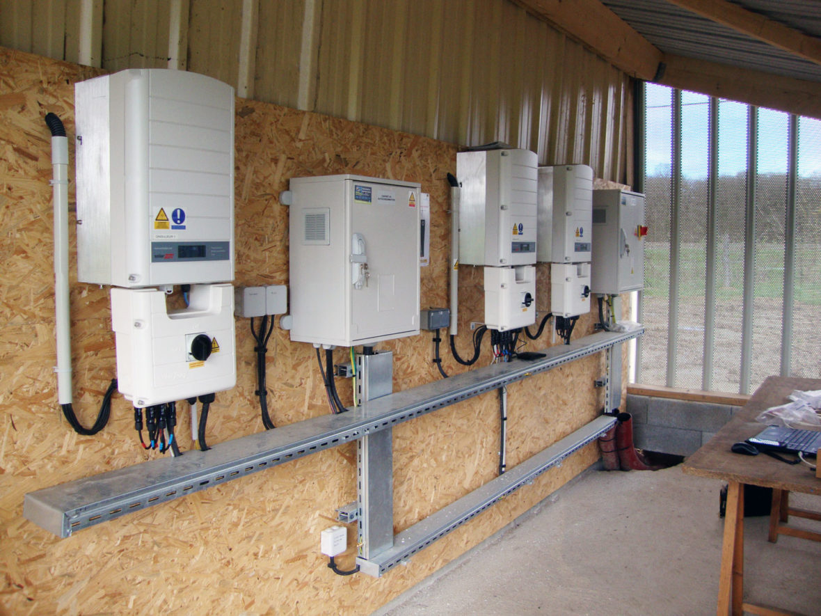 installation ondulateur panneau photovoltaique mayenne
